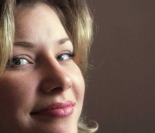 Esthetician Sandra Lundeen Explains Dermaplaning